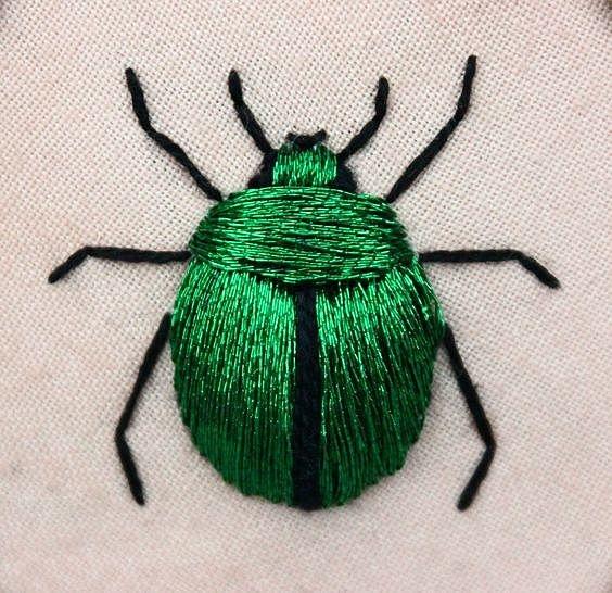 Зеленый жук