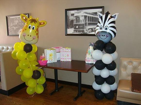 Зебра и жираф из шаров