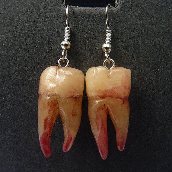 Серёжки-зубы
