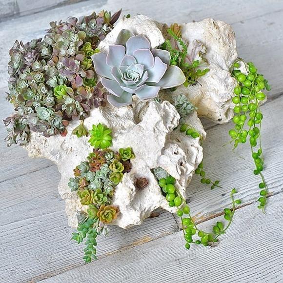 Каменный с