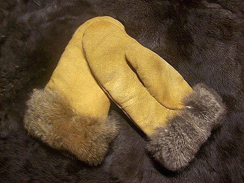 Замшевые рукавички