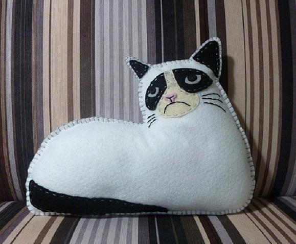 Угрюмый котик