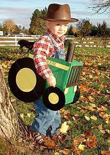 Тракторист на Хэллоуин