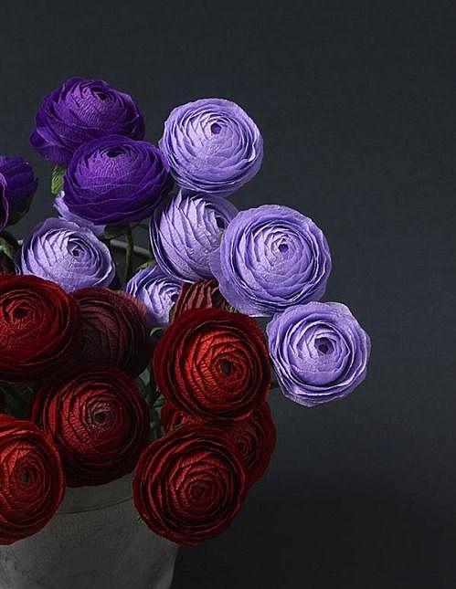 Массивные бумажные цветы