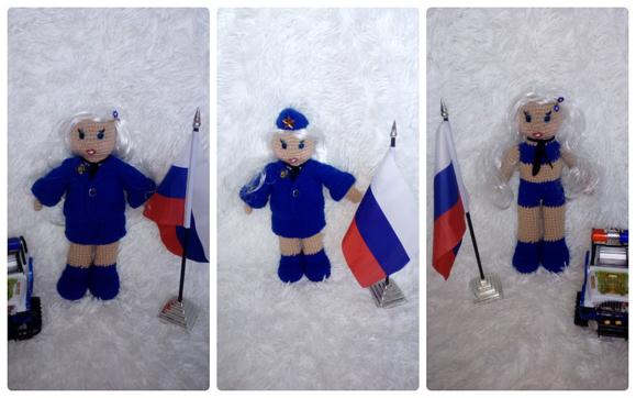 Кукла-поли