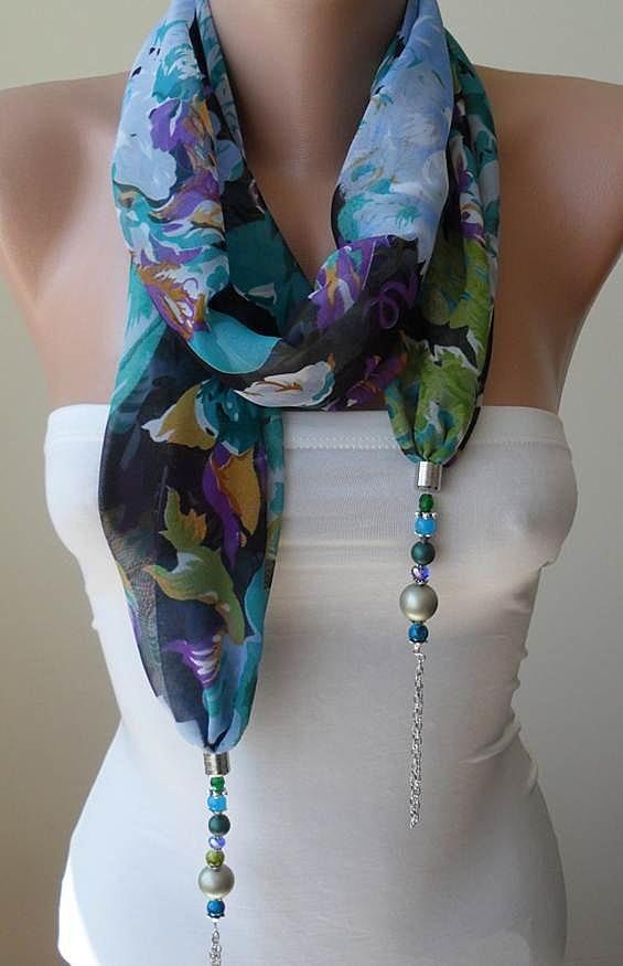 Декорировать шарф