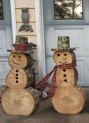 Деревянные снеговики
