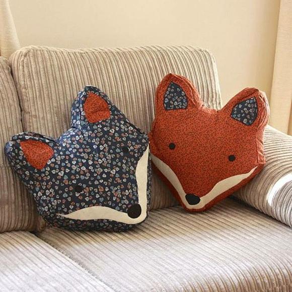 Подушки-лисички