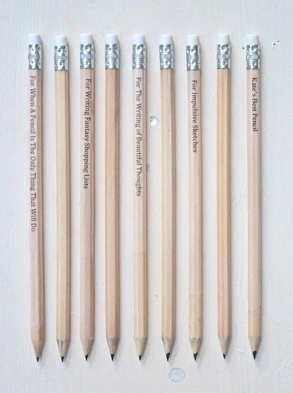 Надписи на карандашах