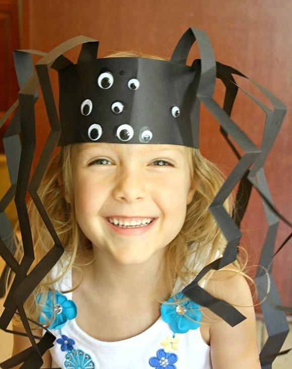 Детская шапка-паук