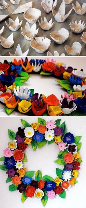 Венок из картонных цветов