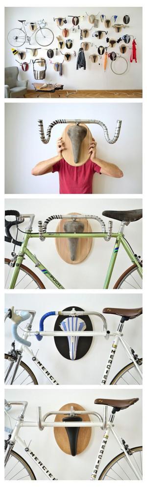 Вешалка-олень из велосипеда