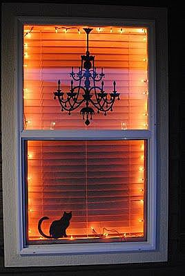 Декор окна на Хэллоуин