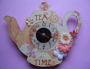 Часы в форме чайника из бумаги