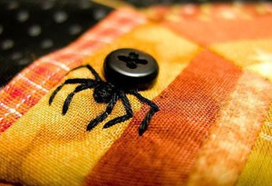 Вышивка в виде паука