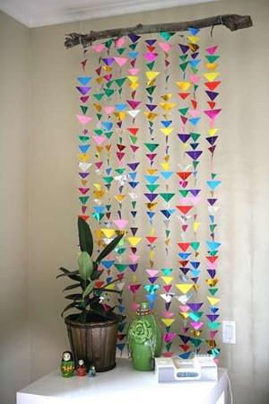 Стайка цветных треугольничков