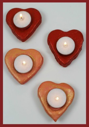 Подсвечники сердечки