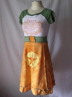 Самобытное платье