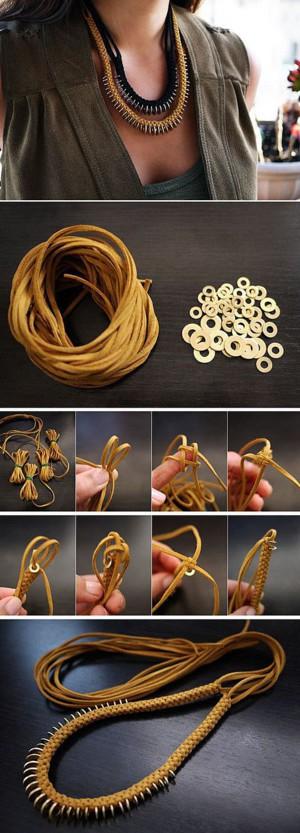 Строгое колье из верёвки и колец