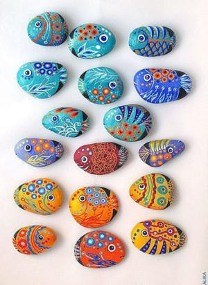 Пёстрые каменные рыбки