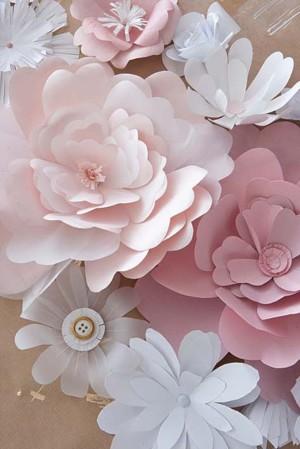 Простые бумажные цветочки
