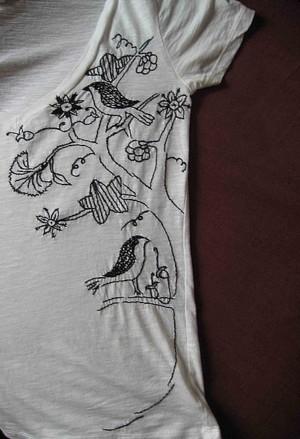 Рисунок фломастером на футболке
