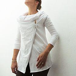 Перешитый белый пуловер