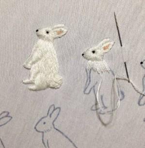 Вышивание кроликов