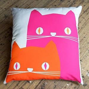 Подушка с котами