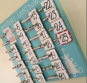 Календарь на прищепках