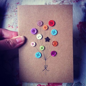 Шарики-пуговки на открытке
