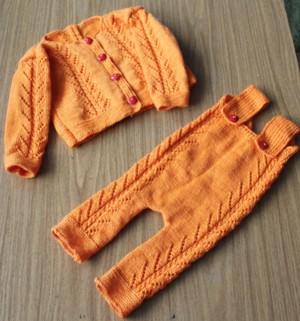 Фото из альбома вязаная одежда для внучки