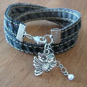 Простой браслет из джинсовой ткани