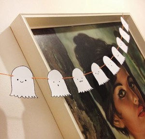Бумажные привидения