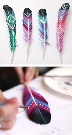 Раскрашенные перья