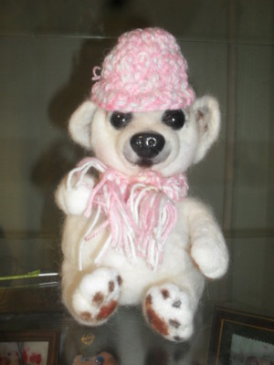 белый медв