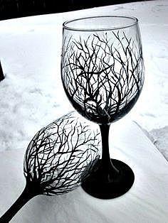 Элегантная мрачность бокалов