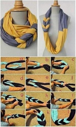 Двухтонный шарф, переплетённый косой