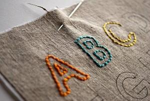 Алфавит на ткани