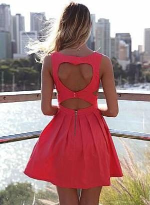 Платье с сердцем