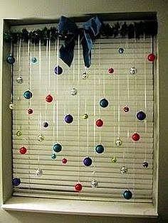 Новогодний декор на окно