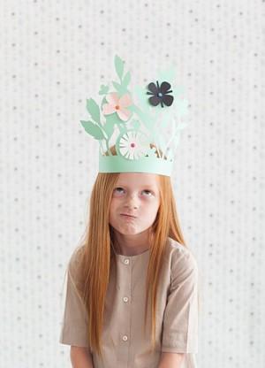 Корона с цветами