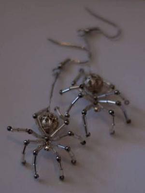 Серьги пауки