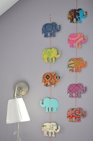 Разноцветные слоны