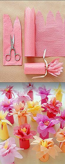 Цветок из обёрточной бумаги