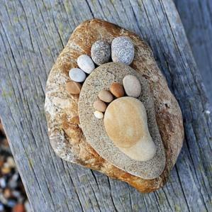Каменные ножки украсят ваш сад