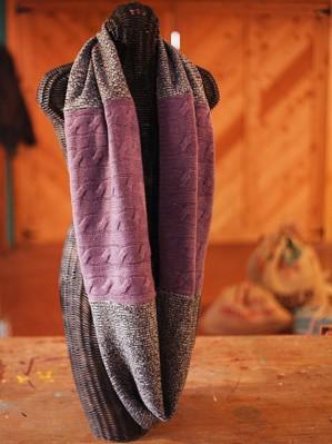 Шарф из свитеров
