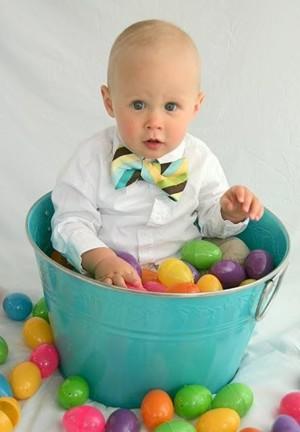 Пасхальная фотосессия с яйцами