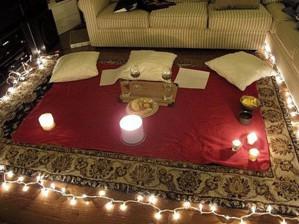 Гирлянда в помощь свечам