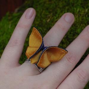 Перстень с мотыльком